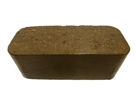 briquetted grass silage (square briquette)